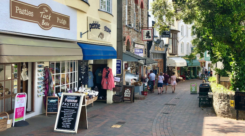Lynmouth-Shopping