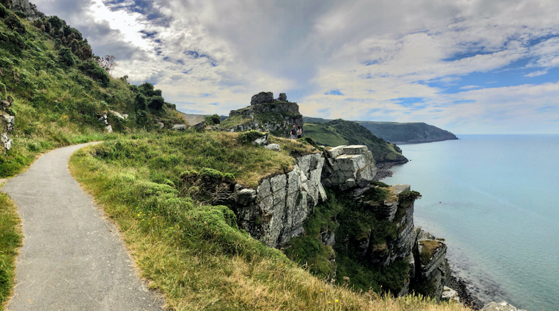 Valley-Rocks-Summer-Coast-Path