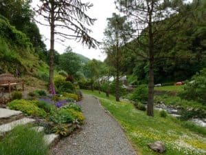 middleham gardens 1