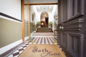 BATH HOTEL019 scaled